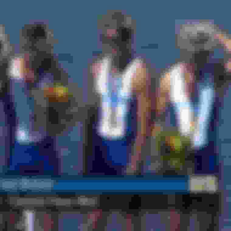 Matthew Pinsent remporte sa 4ème médaille d'or de suite