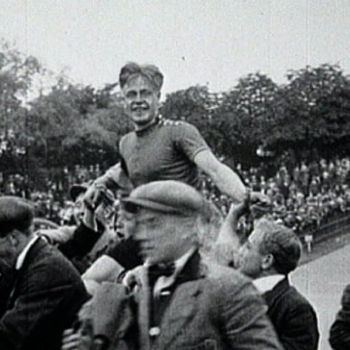 Ko Willems sprints for cycling gold - Track cycling - Paris 1924 Olympic Games_thumbnail.jpg