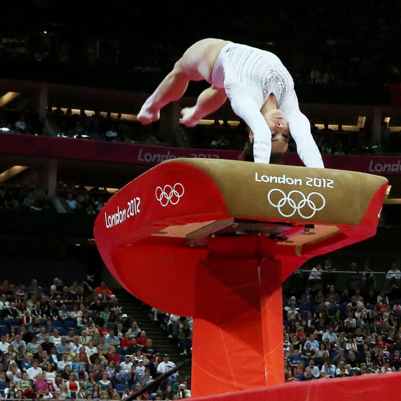 リプレイ:サンドラ・ラルーカ・イズバシャが女子種目別跳馬で金メダル