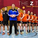 Kann eine schwedische Handballlegende das Schicksal des Devas ändern?