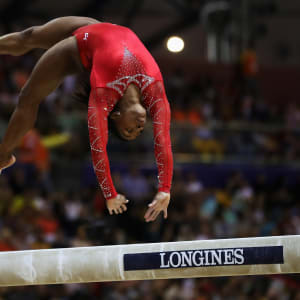 Simone Biles tumbles on the balance beam during the apparatus final at the 2018 Worlds