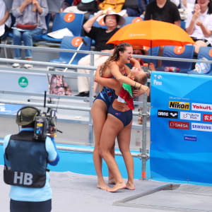 Rhiannan Iffland (R) of Australia celebrates her win with Jessica Macaulay of Great Britain during the Women's High Dive on day two of the Gwangju 2019 FINA World Championships at Chosun University on July 23, 2019 in Gwangju, South Korea. (Photo by Catherine Ivill/Getty Images)