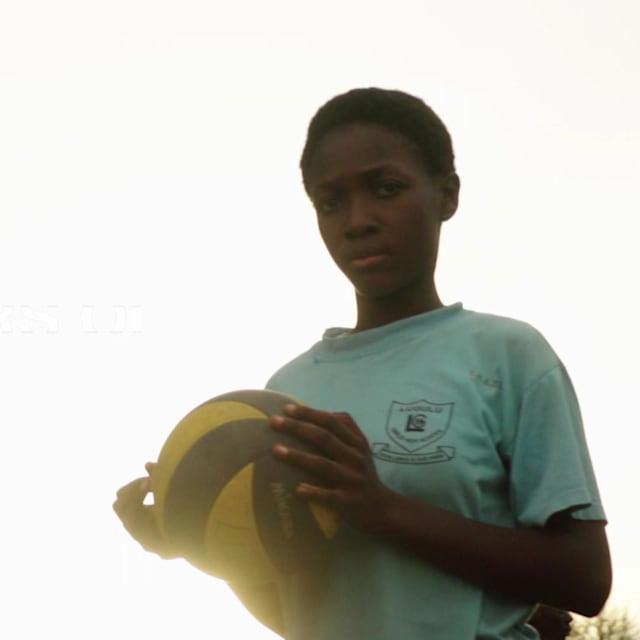 De un barrio de Soweto a ser el futuro del voleibol en Kenia