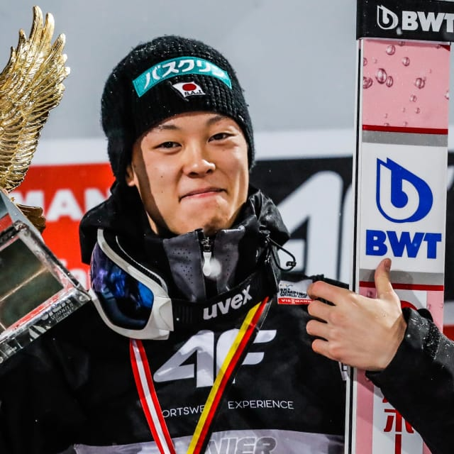 小林陵侑がジャンプ週間グランドスラム達成…4戦完全制覇は史上3人目、日本人として初