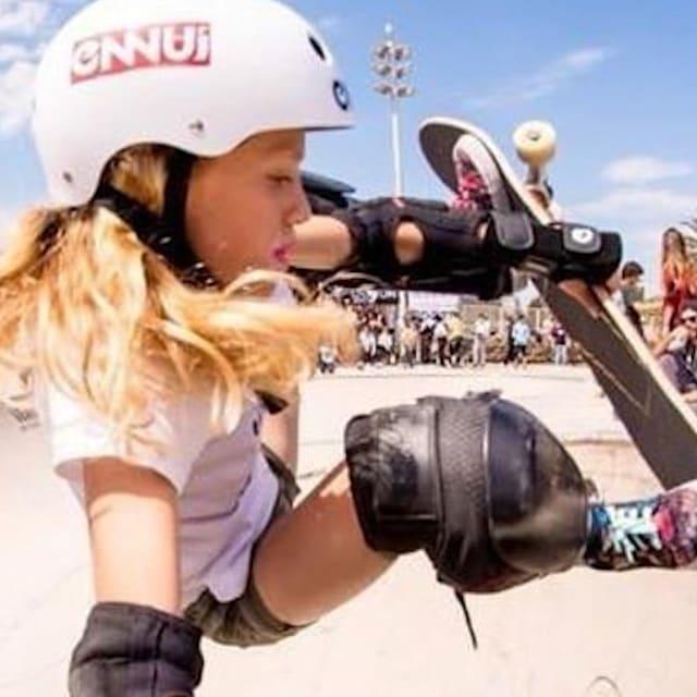 Rencontre avec la skateuse espagnole de 10 ans qui vise les Jeux