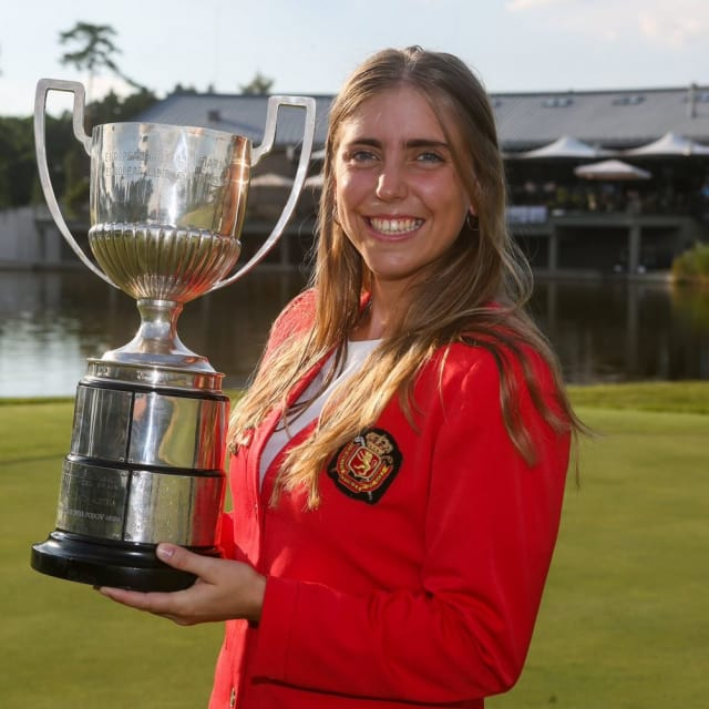 셀리아 바퀸을 추모한 스페인 올림픽 갈라