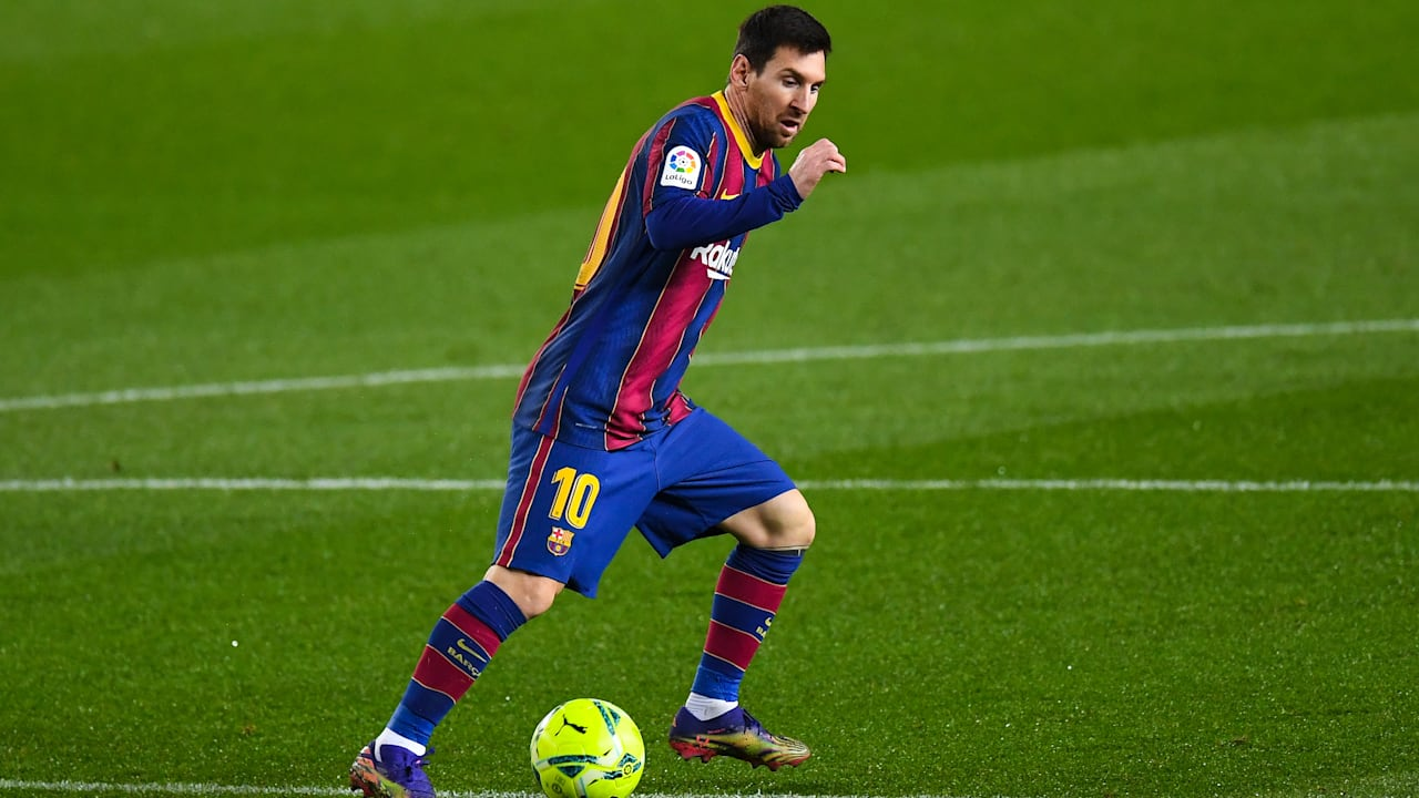 Lionel Messi will aim to win consecutive matches for Barcelona in La Liga.