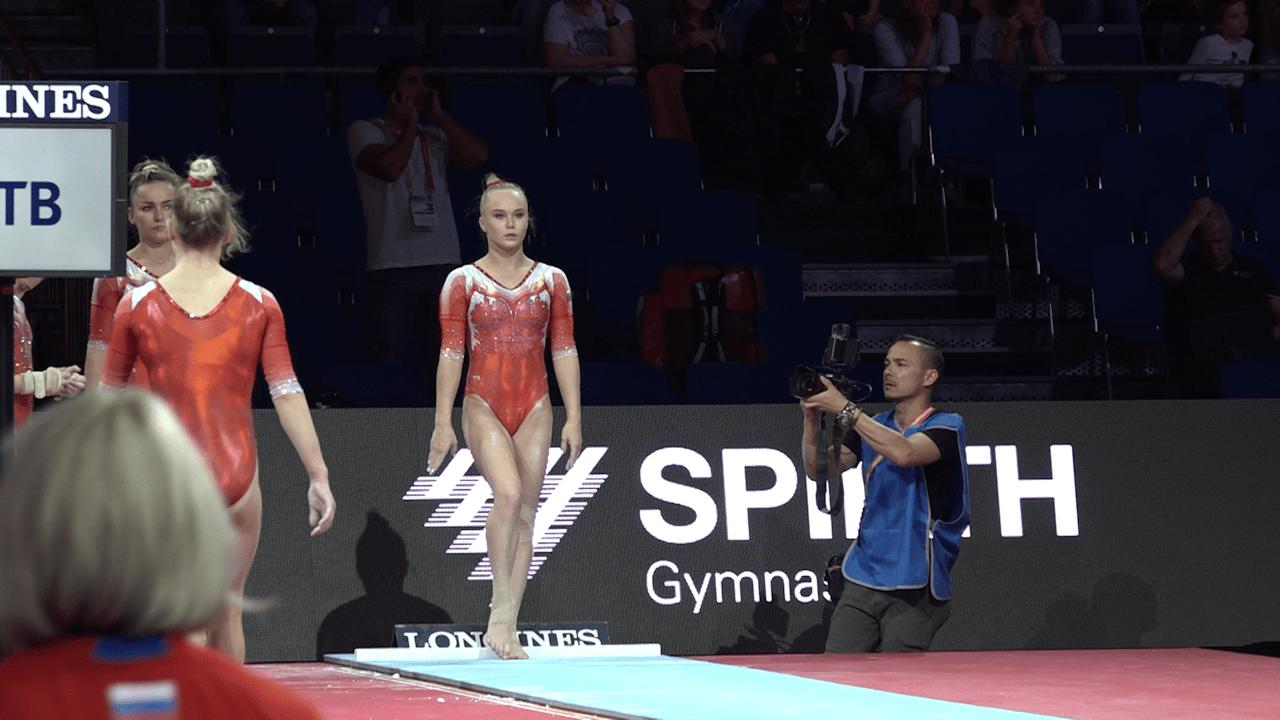 WATCH: Angelina Melnikova vaults in podium training at Worlds
