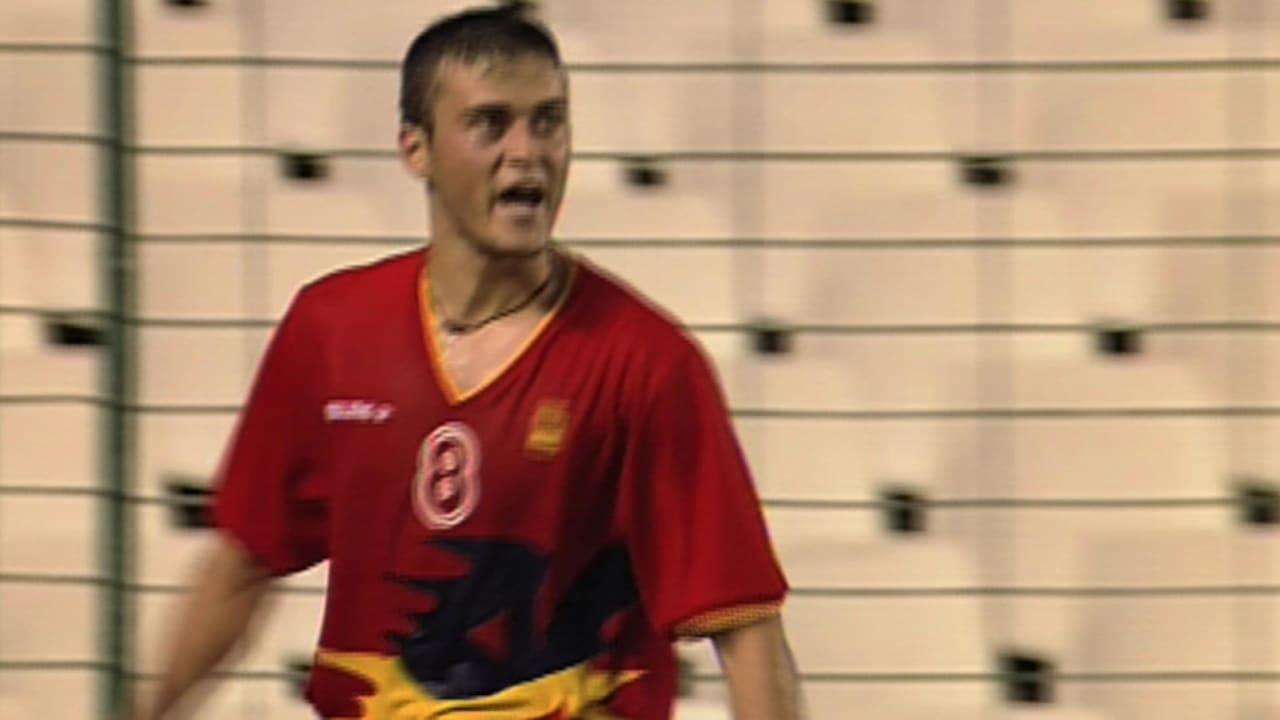 ルイス・エンリケがバルセロナ1992でコロンビアから得点