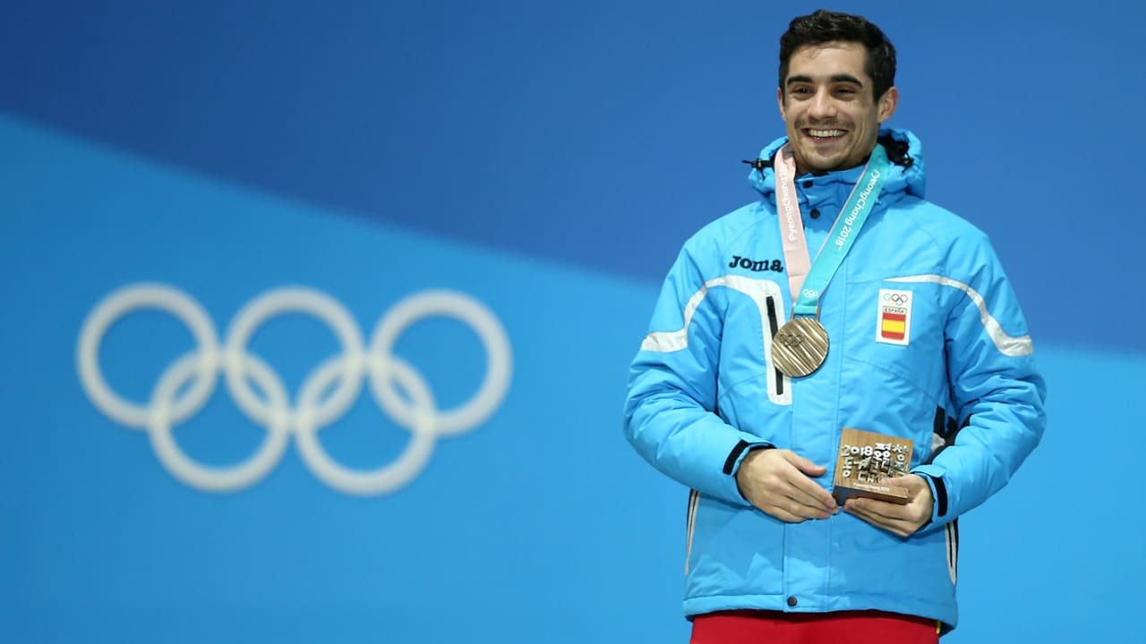 Skating world pays tribute to Javier Fernandez ahead of final competition
