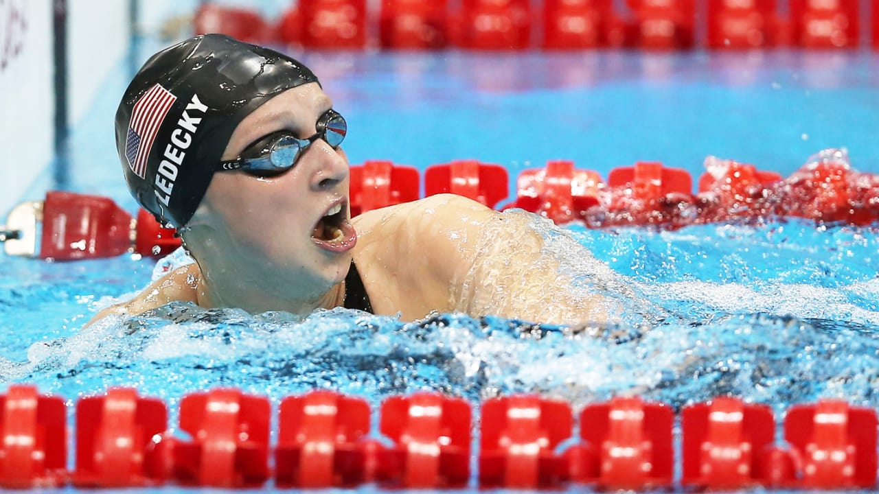Ledecky becomes youngest 800m Freestyle champion | London 2012 Replays