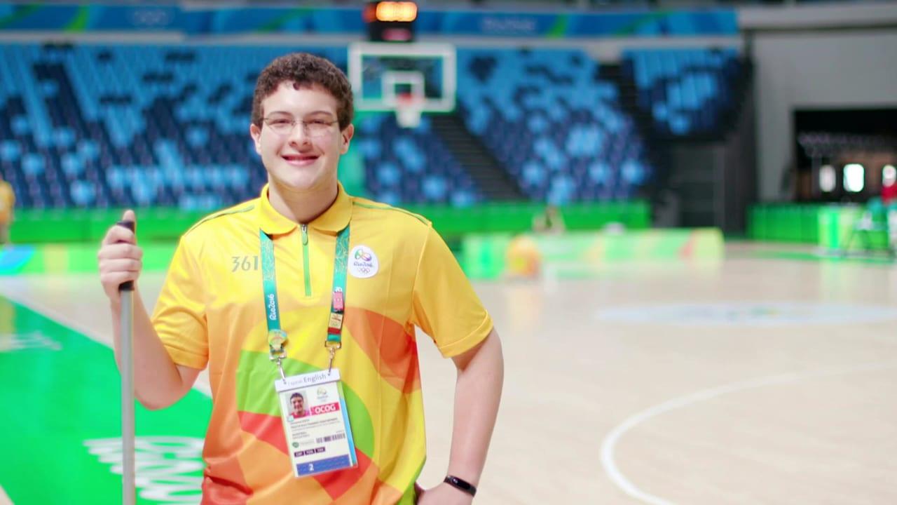 バスケットボールコート整備係の一日
