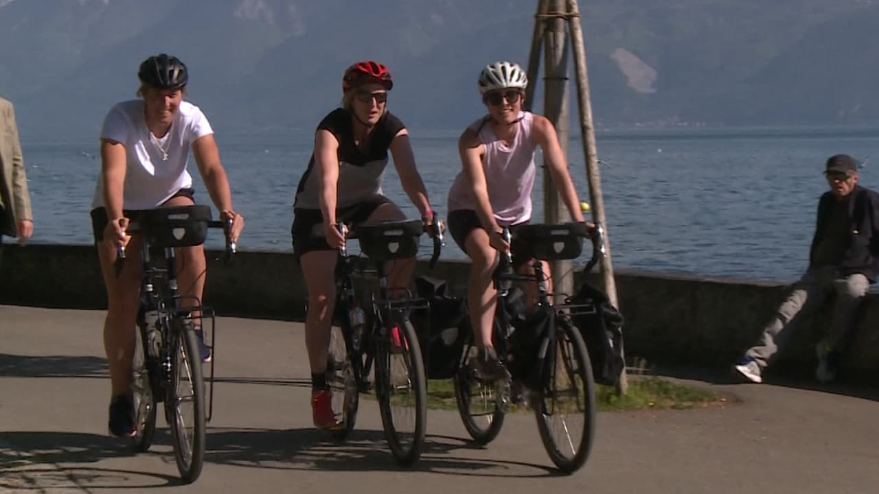 Twigg resumes rowing career with epic bike ride