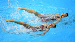 Xuechen Huang and Wenyan Sun of China compete in the Duet Free preliminary round on day five of the Gwangju 2019 FINA World Championships at Yeomju Gymnasium on July 16, 2019 in Gwangju, South Korea. (Photo by Quinn Rooney/Getty Images)
