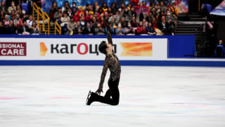 Yuzuru Hanyu performs during his World Championship free skate