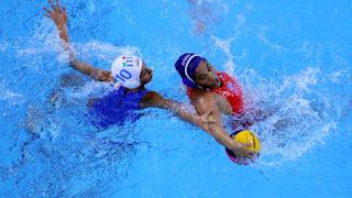 كوبا × إسبانيا سيدات   كرة الماء - بطولة العالم