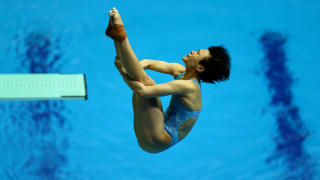 Tingmao Shi of China competes in the Women's 3m Springboard Semifinal on day seven of the Gwangju 2019 FINA World Championships at Nambu International Aquatics Centre on July 18, 2019 in Gwangju, South Korea. (Photo by Clive Rose/Getty Images)