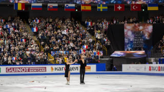 Gabriella Papadakis and Guillaume Cizeron of France acknowledge the crowd after their rhythm dance in Saitama