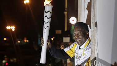 Olympic Torch Relay gets Pelé's approval