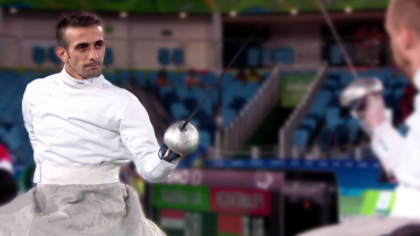 In war-torn Iraq, this wheelchair fencer brings a message of hope