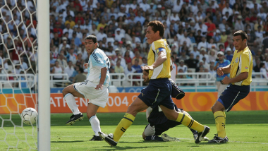 10 Olympic men's football goals you must review one more time