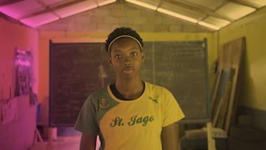 عداءة جامايكية ذات 16 سنة تسعى لتحقيق مجد أولمبي