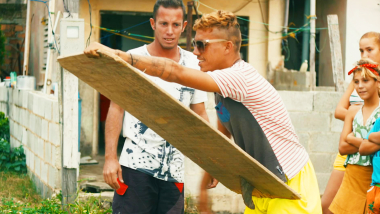 How to make a Cuban surfboard: Pleibo Surfing