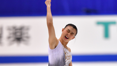 Kaori Sakamoto ends Rika Kihira's winning streak in Japan nationals