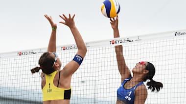 日本女子ビーチバレー:人気のビーチバレー、開催国枠のチャンスを生かせるか
