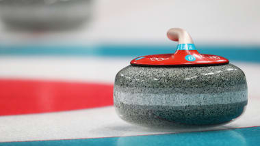 Come si fa una pista di curling?
