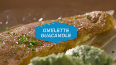 Omelette with guacamole
