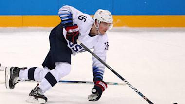 نجم أولمبي أمريكي يوقع لبوستن برونز لمدة سنتين