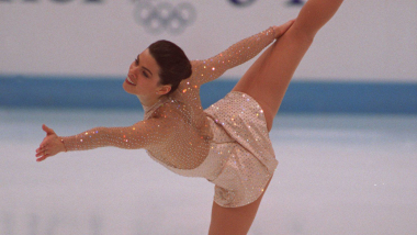 Nancy Kerrigan skates to silver | Lillehammer 1994