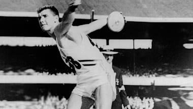 I quattro ori olimpici consecutivi di Al Oerter