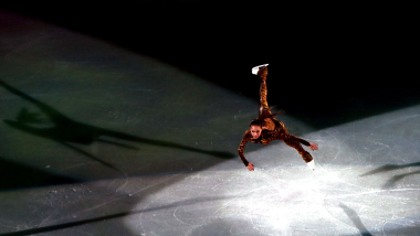 Olympic medallists line up for European Figure Skating Championships