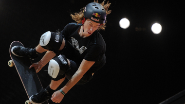 White enters skateboard contests with eye on Tokyo