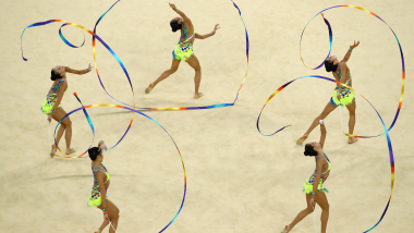 新体操ワールドカップ最終戦、団体総合金メダルの日本代表フェアリージャパンが躍進!