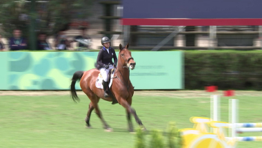 Internationale Teams Tag 2 - Springreiten | OJS 2018 Highlights