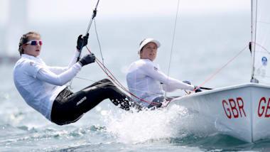 GB's Hannah Mills and Eilidh McIntyre win silver at Enoshima