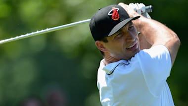 ウラジミール・クリチコ:ゴルフのスイングは「アッパーカットを連想」