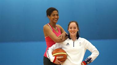 Sports Swap: Basketball vs Trampoline avec Emmeline N'Dongue & Kat Driscoll