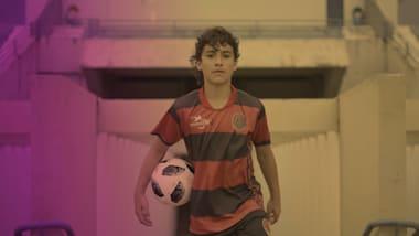 12岁足球小将卢西亚尼奥是下一个内马尔?