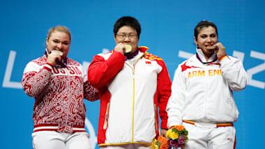 Zhou setzt sich in London in der Gewichtsklasse +75kg gegen Kashirina durch