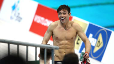 Tom Daley ispirato dalla sua paternità va a caccia dell'oro olimpico