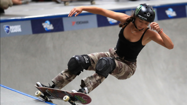 Lizzie Armanto's 360° loop grabs legend Tony Hawk