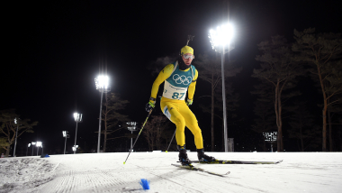 Biathlon Olympic champion Peppe Femling suffers horror injury