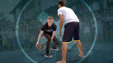 لماذا غزت حمى كرة السلة شوارع الفلبين