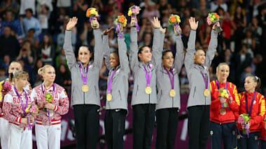 ¿Qué define el coraje? Atletas de USA alaban a las 'hermanas sobrevivientes'