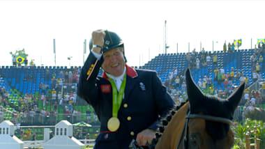 ذهبية نيك سكيلتون في مسابقة قفز الحواجز للفردي