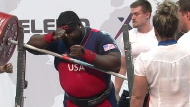 Uepa vence no + 120kg do Campeonato Mundial após o desastre da Williams